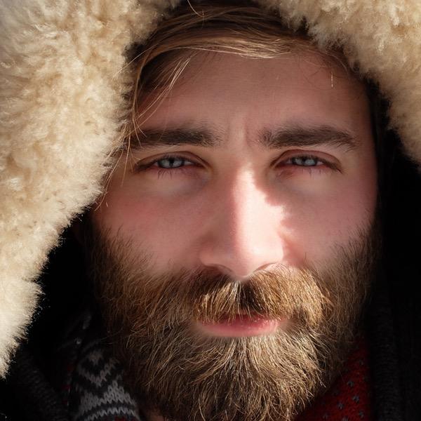 Beard Oil Guide - Beard Comb 1